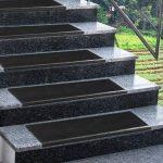 ETM® antidérapant Tapis de marches d'escaliers en caoutchouc–Épaisseur 0.8cm–extérieur 100% résistant aux intempéries–Superbe Grip–Lot de 5–Santiago, noir de la marque etm image 3 produit