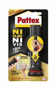 Pattex Ni Clou Ni Vis Click & Fix, colle de fixation sous forme d'applicateur pré-dosé, jusqu'à 20 doses, colle rapide sur tout matériau, colle blanche, 30 g de la marque Pattex image 0 produit